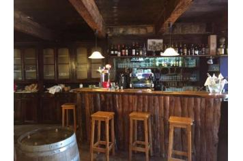 Bar Restaurant Les Glycines Burzet